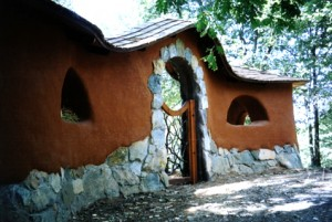 natural building workshops, natural building workshops california, california cob, cob, rob pollacek